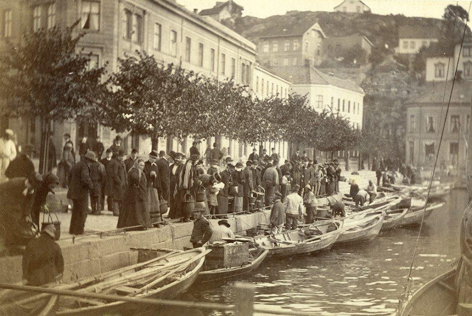 Arendal - Fiskebryggen - 1884 - Fotograf ukjent - Aaks 44 - 4 - 7 Bilde nummer 150